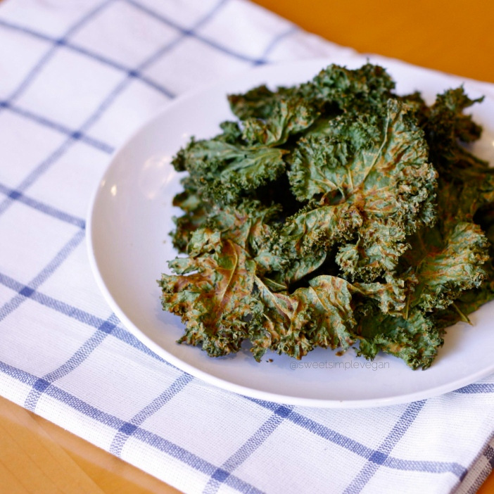 Spicy Cheezy Kale Chips (Oil Free)